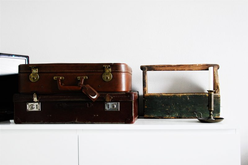 tweedehands interieur - suitcases - @vintageorfair