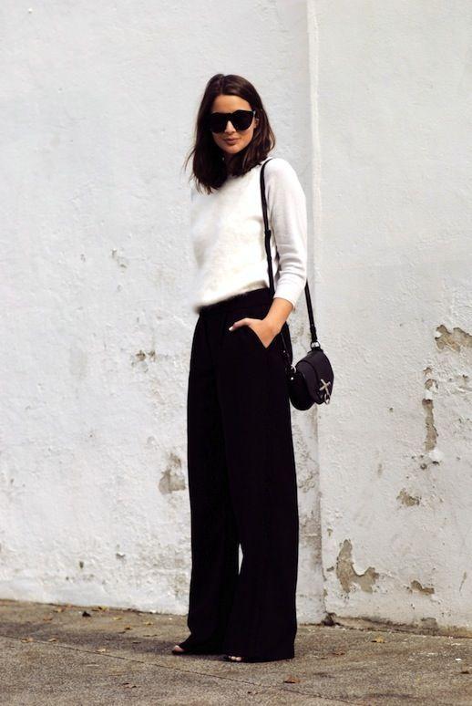 Zwarte wijde pantalon met witte top | Kerstoutfits met items die je al hebt | Good For