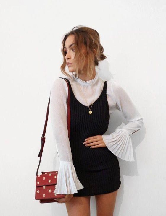Witte blouse met zwarte slipdress | Kerstoutfits met items die je al hebt | Good For